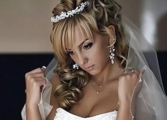 Подбираем бижутерию к свадебному наряду